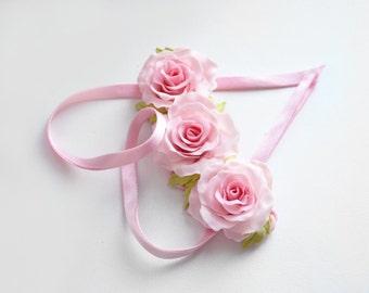 Wedding statement necklace, Rose Bib necklace, Flower statement necklace, Pink Rose necklace, Delicate necklace Romantic Pink Flower Jewelry