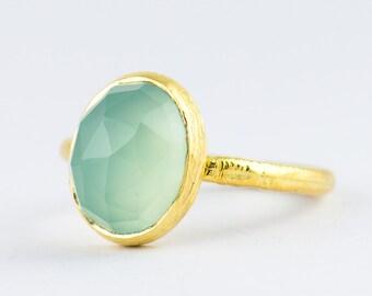 Sea Foam - Aqua Chalcedony Oval Ring - Handmade in Sterling Silver 925 / Vermeil Gold K18 - Size 3 4 5 6 7 8 9