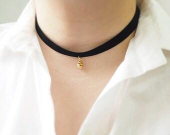 Black Choker,pinecone necklace, Black Velvet Choker, Basic Velvet Choker,Simple Choker,choker necklace,pine cone choker