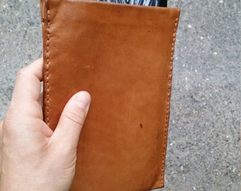 Kindle Paperwhite Cover - Leather Kindle Cover - Kindle case - Kindle Sleeve. Handmade Kindle Cover in genuine leather, fully handmade.