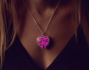 Pink Glowing Necklace - Anniversary Gift - Wife Gift - Heart Necklace - Glow in the Dark - Pink Necklace - Gifts for Her - Glowing Jewelry