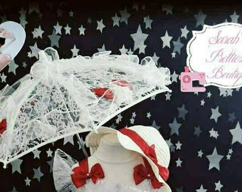 Lace umbrella and hat accessories