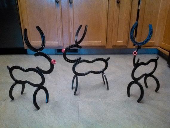 Items similar to horse shoe reindeer on etsy for Horseshoe christmas art