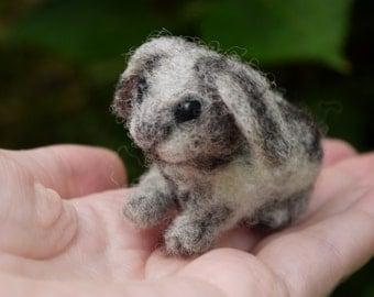 needle felted bunny, needle felted animal, miniature bunny, miniature felted animal, dollhouse animal, tiny felted animal, miniature pet