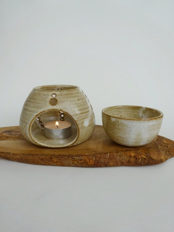 Ceramic Oil Burner ~ Handmade ceramic essential oil burner rustic