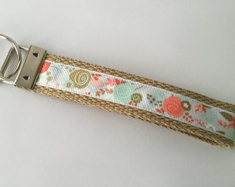 Key Chain / Wristlet Flowers White and Tan / key lanyard / wrist key chain / teacher gift / gift under 10 / CHARITY DONATIONS
