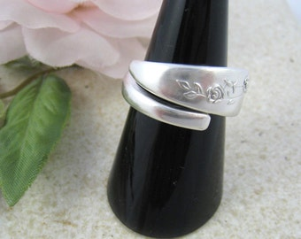 SPOON RING Sterling Silver bypass ring, handmade from vintage spoon (Oneida Heirloom, 'Young Love'). Up-cycled jewellery. Custom size.
