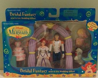 The little mermaid wedding toy set