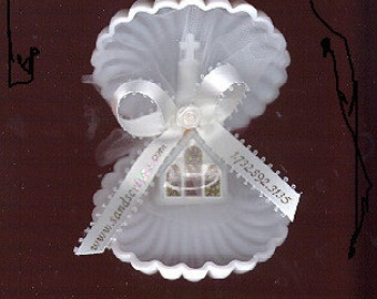 Favor Pieces: Large White Scallop Shell - pack of 10