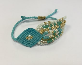Tribal evil eye with beads turquoise
