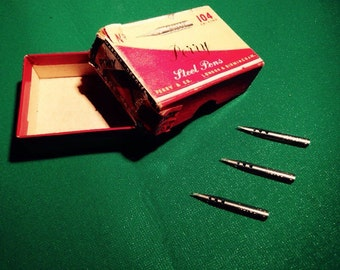 3 Vintage Pens Perry & Co ex order # 104 with original box.