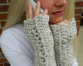 Fingerless Gloves -  Handmade  Wristwarmers - Texting Gloves - Crochet Gloves - Handwarmers - Available in 36 colors!