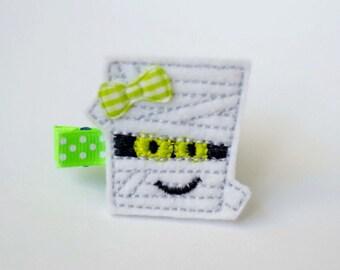 SALE green mummy Halloween felt embroiderd hair clip