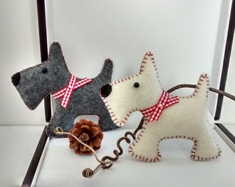 Felt Scotty Dog/ Felt Scottish Terrier/ Christmas Scotty Dog Ornament/ Christmas Terrier Ornament/ Christmas Ornament/ Handmade
