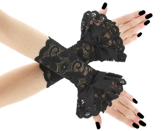 Black lace fingerless gloves, wrist warmers gothic burlesque vintage bohemian womens evening gloves victorian goth lace glove lolita  0185A1