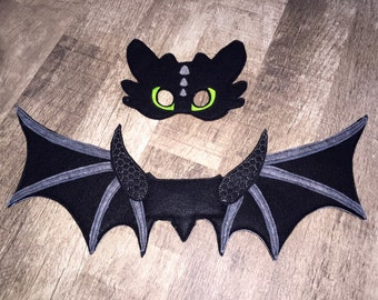 Toothless Black Dragon Wings & Mask Set (Dress Up, Cosplay, Costume)