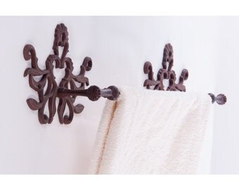 Valencia Towel Holder