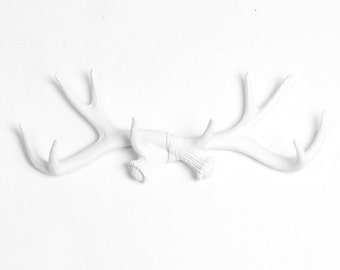 White Antler Decor / Faux Taxidermy / White Antlers / Jewelry Rack / Wall Antlers / Antler Coat Rack / Antler Wall Decor