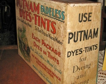 Vintage Putnam dyes-tints store display large 36 cubbies for dye packets 19 x 15 x 7