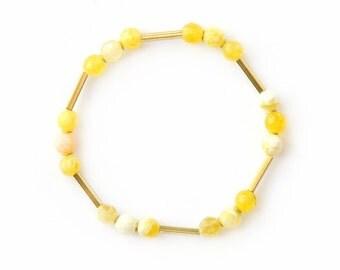 Elastic pearl bracelet, yellow - gem bracelet with yellow quartz and brass - natural stone bracelet - SUNNY