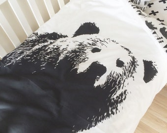 Toddler doona cover set.  Crib duvet cover and junior pillowcase. Modern crib bedding. Black grizzly bear doona cover.