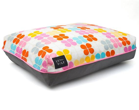 petal dog bed sherbet removable pet bed cover including. Black Bedroom Furniture Sets. Home Design Ideas