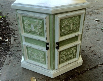 Antique sage & cream refinished octagon side or end table