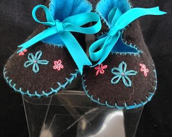 Handmade pram shoes