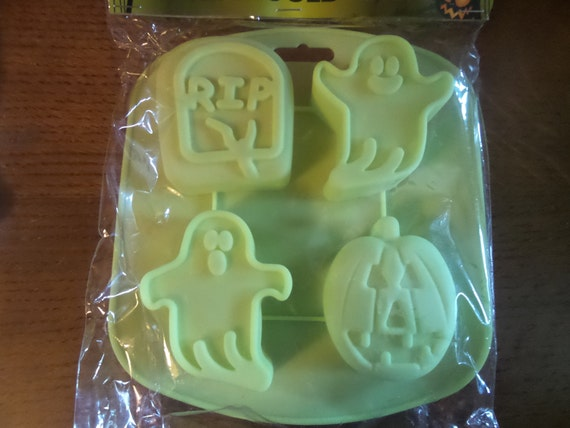 HALLOWEEN Silicone Ice cube drinks Fondant Mold DEEP Large ghost ghoul grave pumpkin rip  Cake Decorating Chocolate Baking #halloween