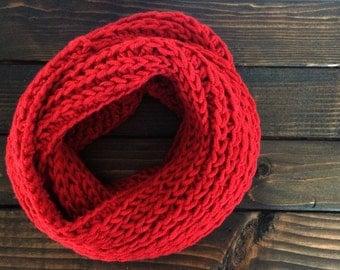 Women's chunky scarf, Women's infinity scarf, Chunky circle scarf, Circle scarf, Crochet cowl, Crochet scarf, Chunky crochet scarf