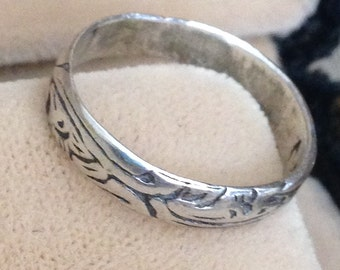 Vintage Sterling Silver Ring Size 8