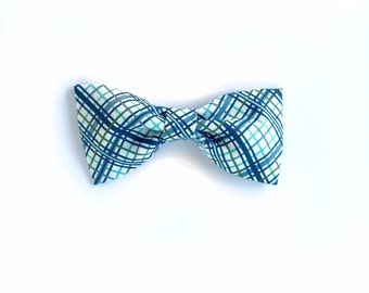 A bit of plaid Cotton bow