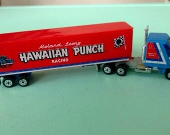 Vintage Road Champs Hawaiian Punch Racing Semi Trailer 1982