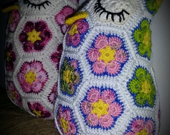 Crocheted Hexagonal Flower Owl (Purple-Green)