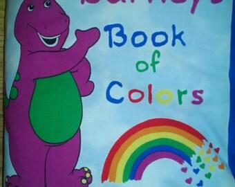 Barney  Book of Colors  Cloth Book     BK150092