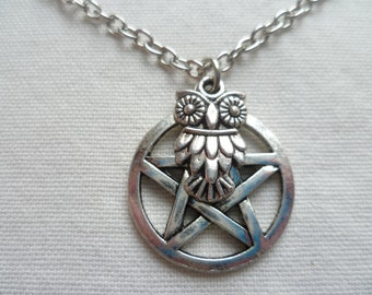 Pentagram necklace,owl and pentacle necklace,wiccan jewellery,pagan jewelry,pentagram jewellery,owl jewelry,gift,handmade