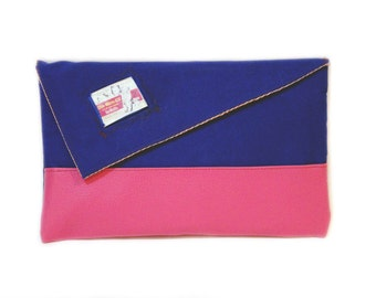 "70% off- Blue and pink clutch bag with Clark Gable, Marilyn Monroe and Montgomery Clift movie ""Misfits"" 1961."