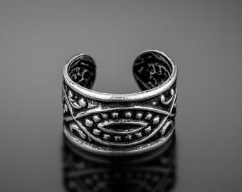 Sterling silver ear cuff.  Non pierced ear cuff.