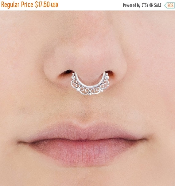 Indian style Sterling silver Septum Ring. Indian septum ring. tribal septum ring. septum piercing. silver septum. septum jewelry
