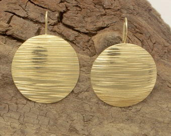 Earrings made of brass, gold plated 24k – size Ø cm 3,0 – hand-forged.