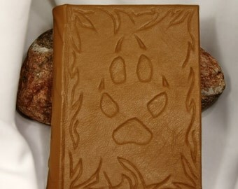 Handmade leather-bound blank journal Fox' trail
