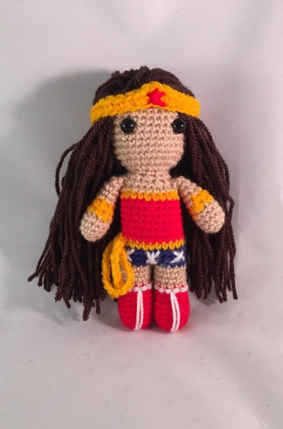 Amigurumi Wonder Woman : Wonder Woman Amigurumi Figure Doll with tiara and lasso of