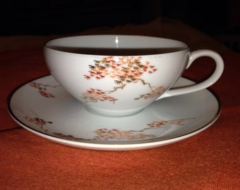 Vintage 1950s Fukagawa Arita  Maple Tea cup and Saucer