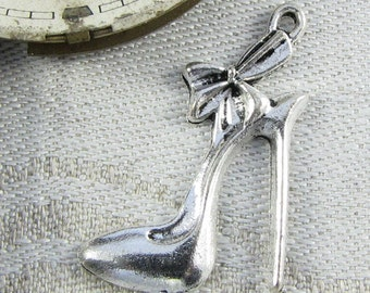 Set of (10) Silver Stiletto Shoes, High Heels Charm, 10 per package GLM019