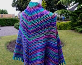 Multicolor crocheted shawl, wrap sparkels, crochet cape, unique shawl crochet, chauffe epaules, bolero multicolor, cape, pelerine