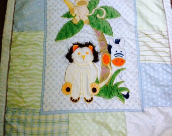 Adorable Jungle Animals Baby Quilt