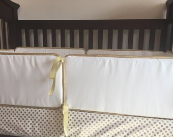White and Gold Bumper Pads, Baby Bedding, Bumpers, White, Gold, Nursery, Baby Girl bedding, Trendy, White Bumpers, Gold Piping, Bumper Pad