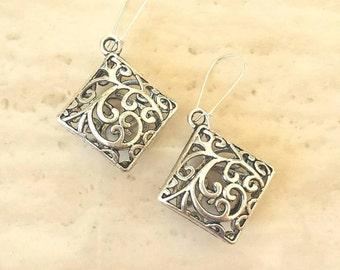 Antique Silver Square Filigree Flower Charm Pendant Dangle Earrings