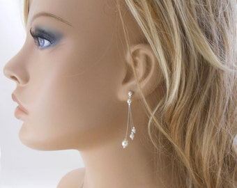 """Wedding earrings """"Trio de perles """" with pearly beads. Bridal jewelry."""