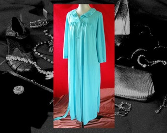 Vintage BLUE SATIN ROBE, classic 70s full length lingerie robe, pocket and belt robe, aqua retro fashion robe, size L bust to 40
